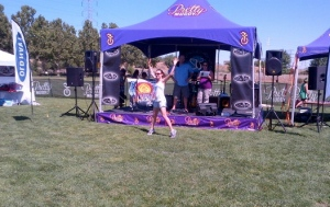 Those jumping jacks helped ease the pre-race jitters that I always get. I should do them before every race!