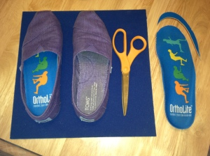 I cut OrthoLite Fusion Insoles to fit inside my TOMS in mere minutes—this is my kind of DIY project!